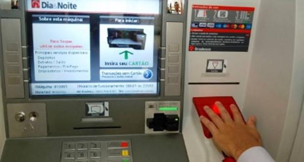 Servidores municipais passam a receber salários pelo banco Bradesco