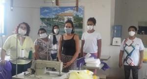 Equipe de voluntárias produzem equipamentos de segurança para equipes de Saúde (Foto: Ascom/Saúde Jequitibá)